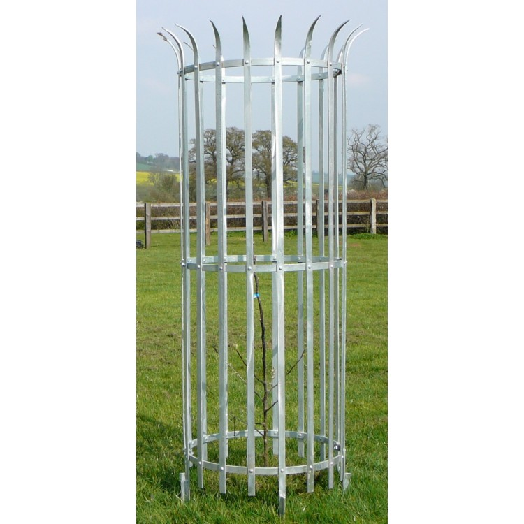 Crown Top Steel Parkland Guard 1.8m x 600mm